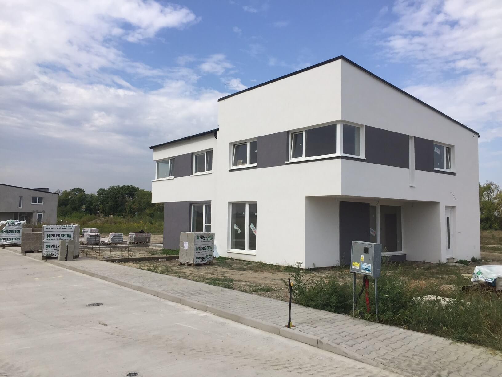 Predané: Posledný Rodinný dom v Dunajskej Lužnej v tichej lokalite, pri Košariskách, pri vlaku, 106m2, pozemok 422m2-1