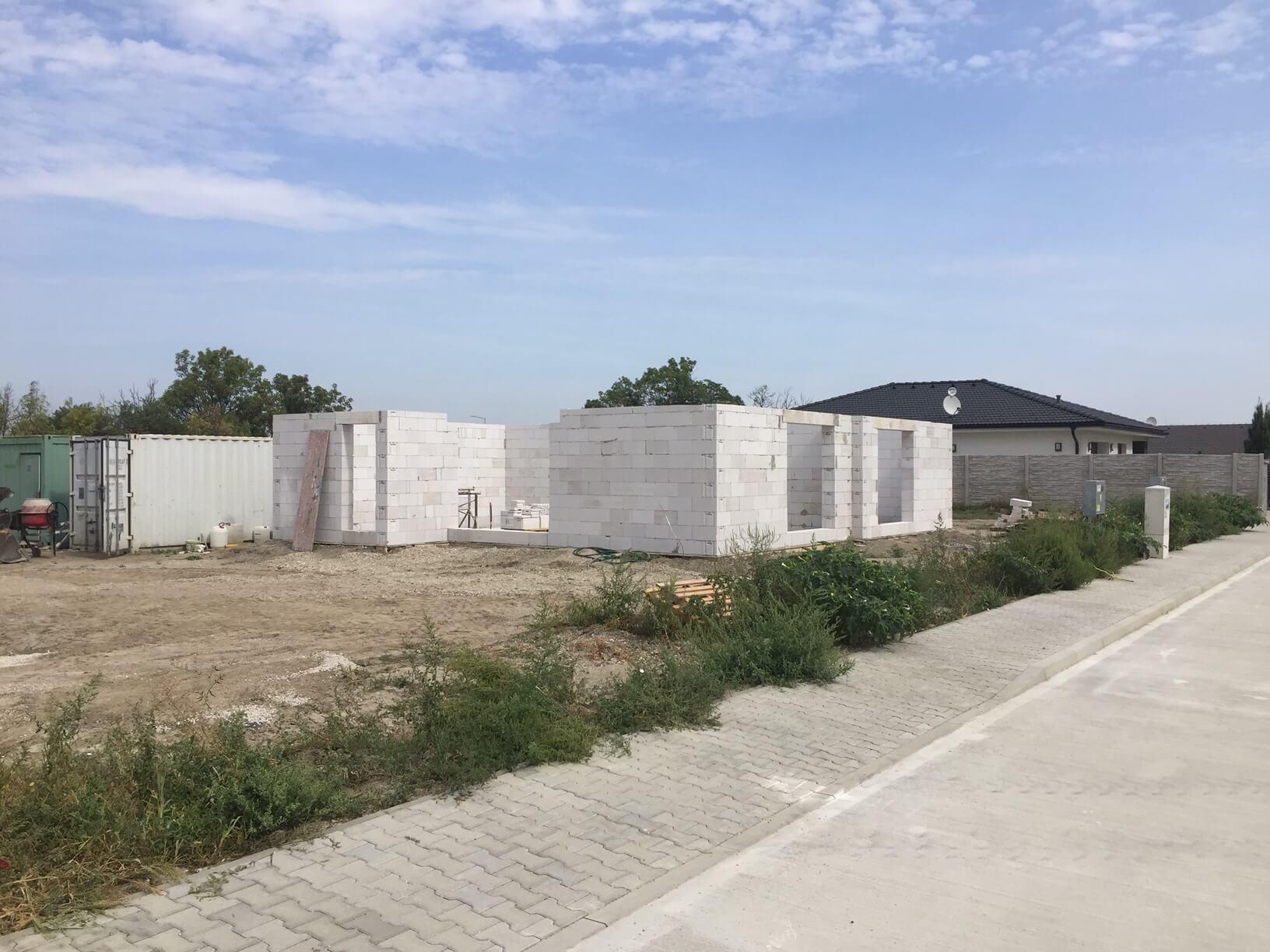 Predané: Posledný Rodinný dom v Dunajskej Lužnej v tichej lokalite, pri Košariskách, pri vlaku, 106m2, pozemok 422m2-2