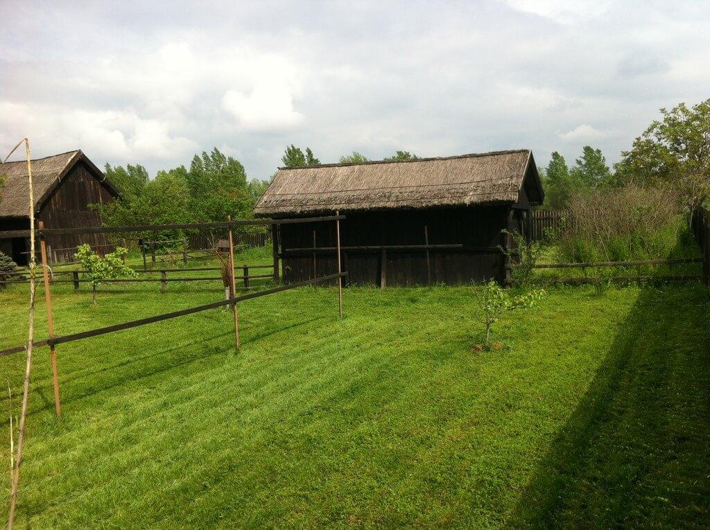 Predané: Väčšia chalupa v Gabčíkove, časť Dedinský ostrov, 5600m2.-18