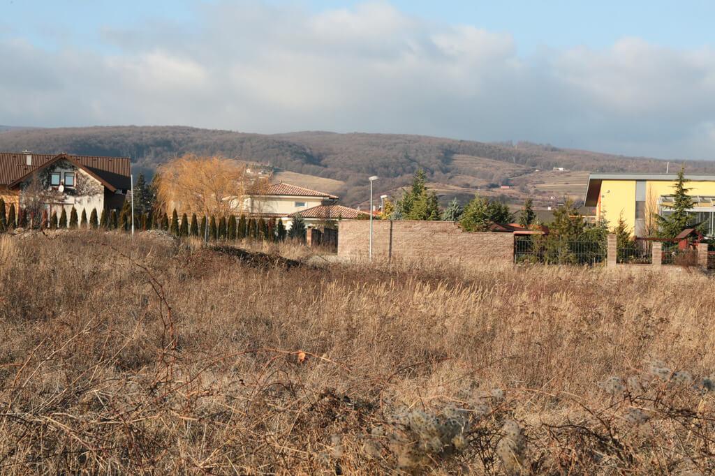 Predané: Rozostavaná luxusná vila na konci Limbachu-25