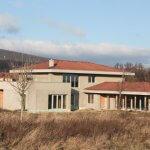 Predané: Rozostavaná luxusná vila na konci Limbachu-2
