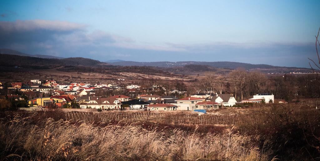 Predané: Rozostavaná luxusná vila na konci Limbachu-14