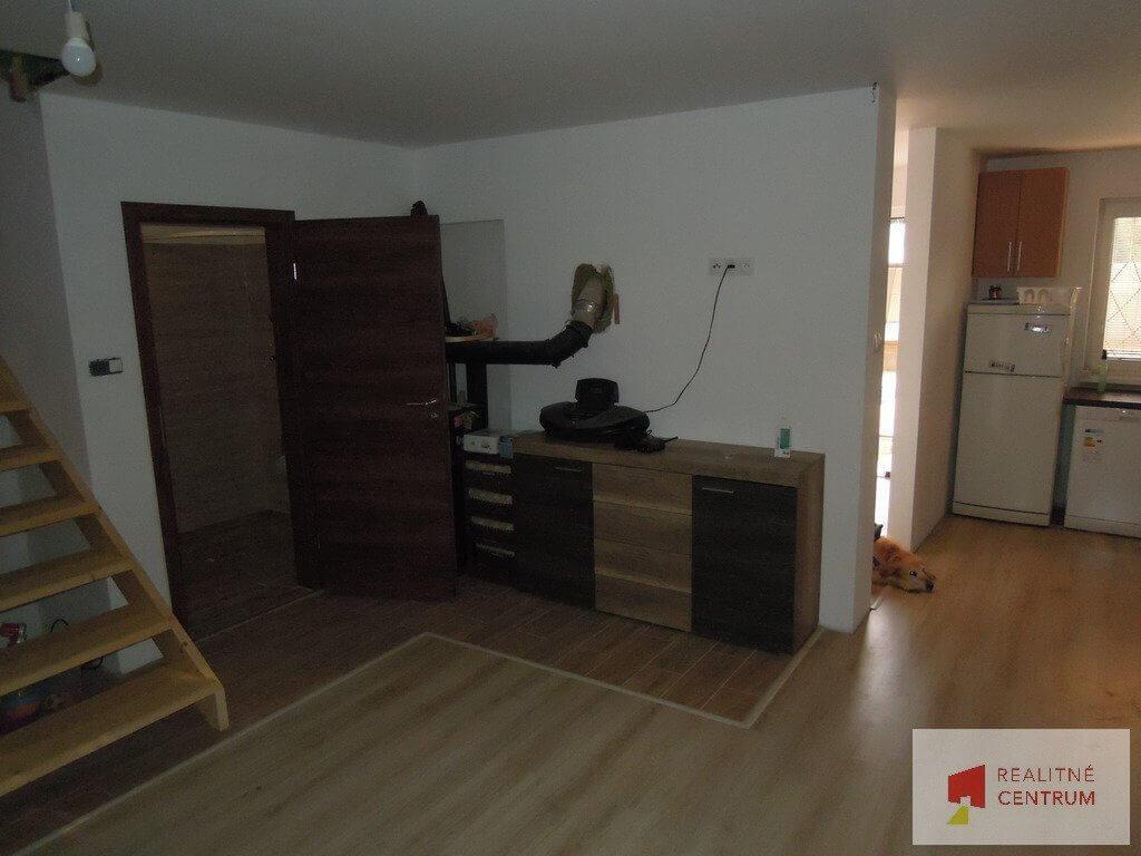 Predaný 5 izb. rodinný dom pri Zlatých pieskoch-14
