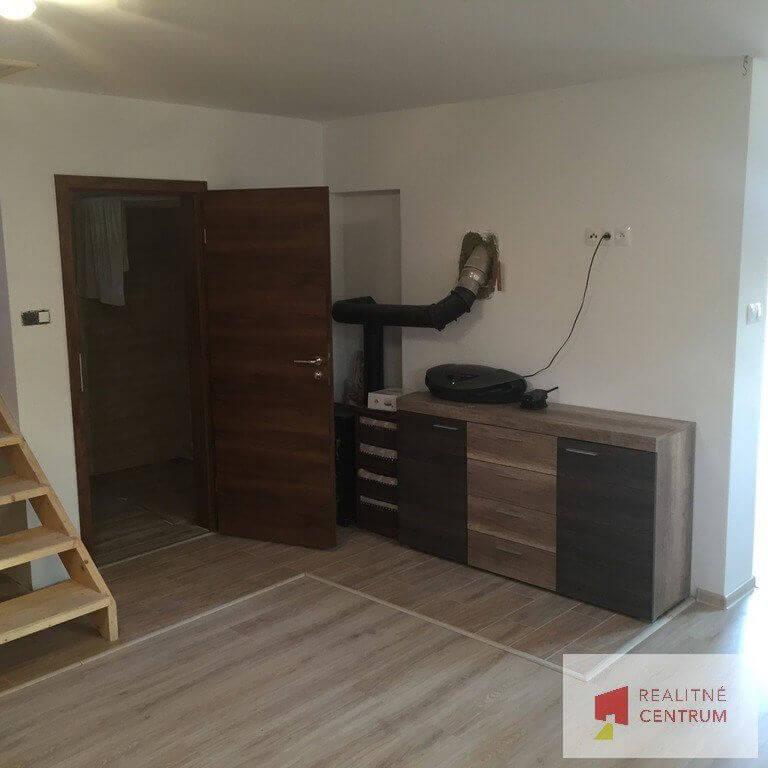 Predaný 5 izb. rodinný dom pri Zlatých pieskoch-12