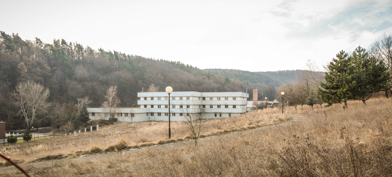 Predané: Zdravotnícke zariadenie, bývale sanatórium,komplex na predaj, Limbach, Potočná ulica, pozemky 21164m2, úžitkova spolu 3159m2-11