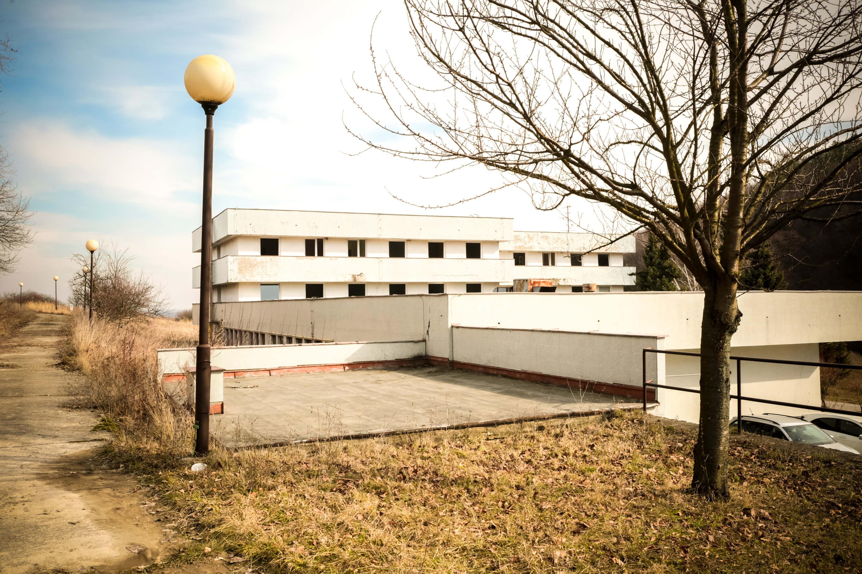 Predané: Zdravotnícke zariadenie, bývale sanatórium,komplex na predaj, Limbach, Potočná ulica, pozemky 21164m2, úžitkova spolu 3159m2-4