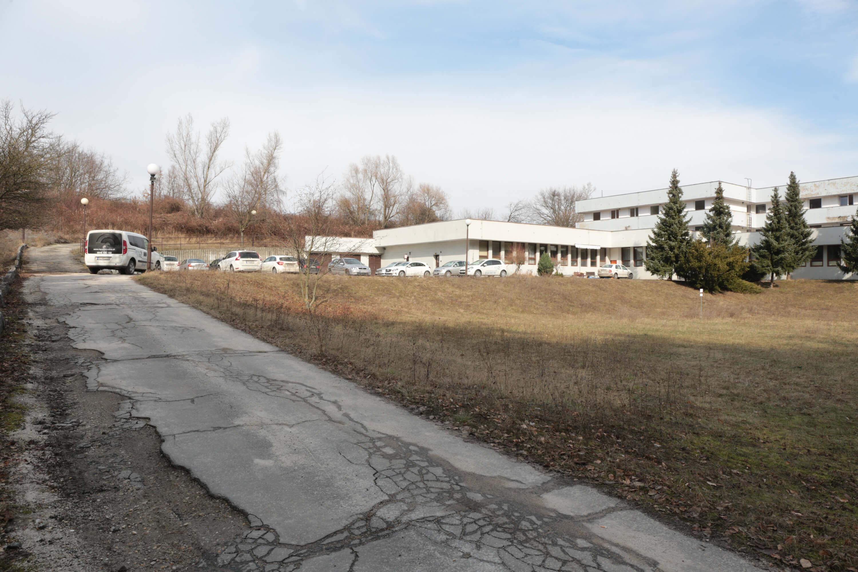 Predané: Zdravotnícke zariadenie, bývale sanatórium,komplex na predaj, Limbach, Potočná ulica, pozemky 21164m2, úžitkova spolu 3159m2-2