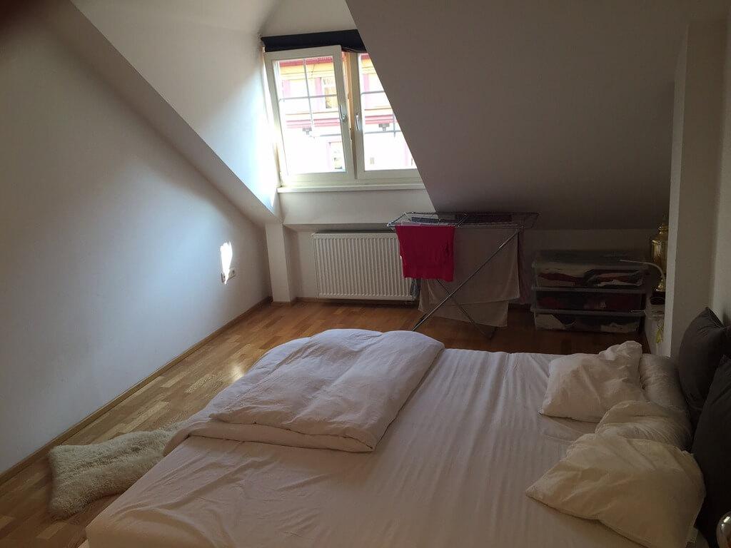 Prenajaté – 2 izb. byt, v centre na Klemensova ulici-4