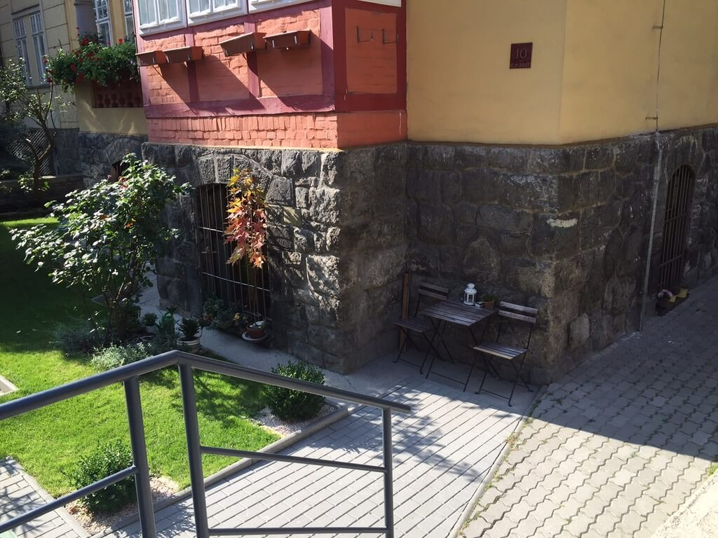 Prenajaté – 2 izb. byt, v centre na Klemensova ulici-8
