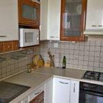 Predané-  zrekonštruovaný zariadený 4 izbový byt v príjemnej lokalite Petržalky na Holíčskej-1