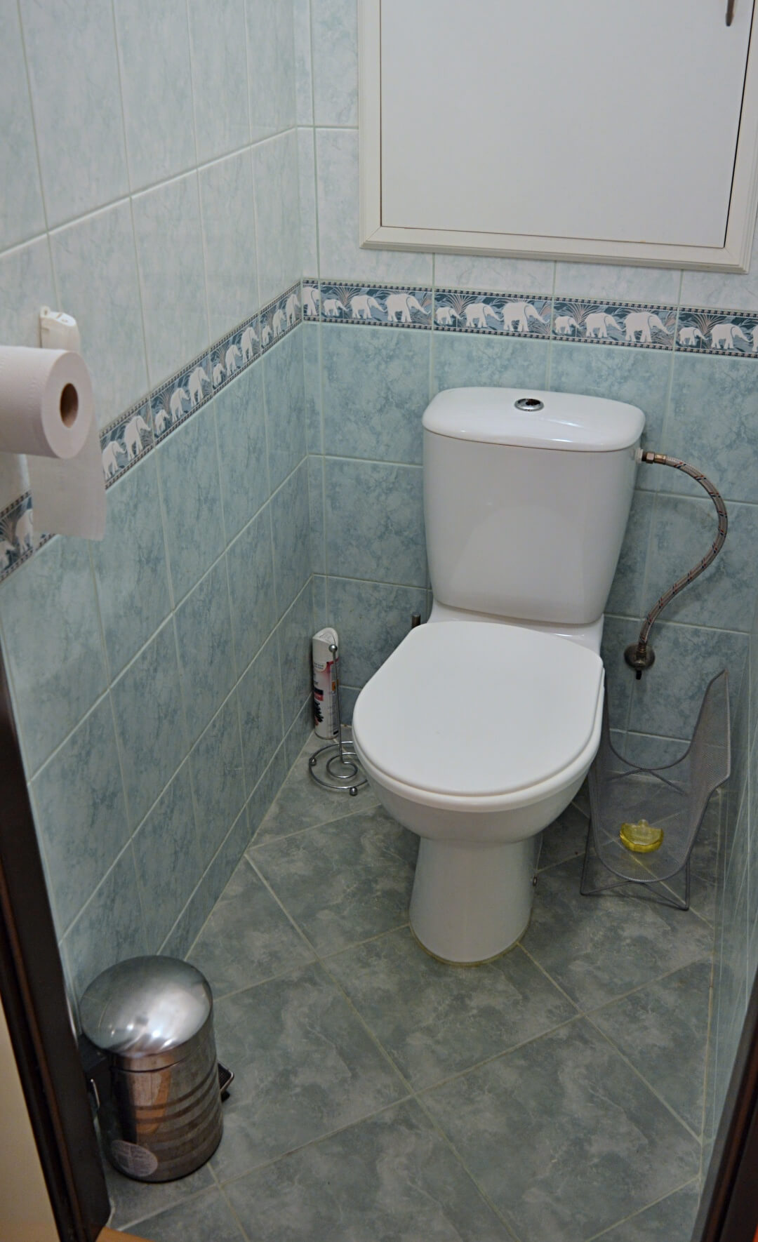 Predané-  zrekonštruovaný zariadený 4 izbový byt v príjemnej lokalite Petržalky na Holíčskej-9