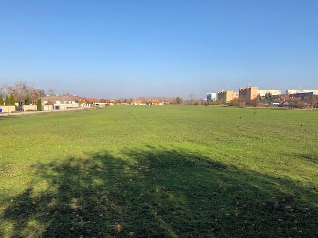 Predané Predaj pozemkov určených na výstavbu – zmiešana zóna, nedaleko centra Dunajskej stredy, 38.463m2, za m2 35€-4
