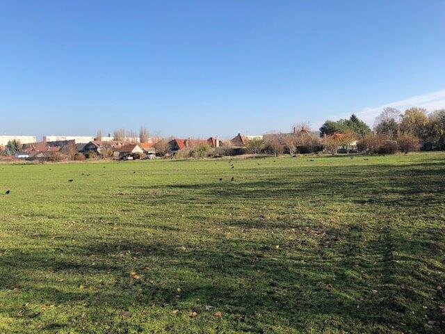 Predané Predaj pozemkov určených na výstavbu – zmiešana zóna, nedaleko centra Dunajskej stredy, 38.463m2, za m2 35€-3