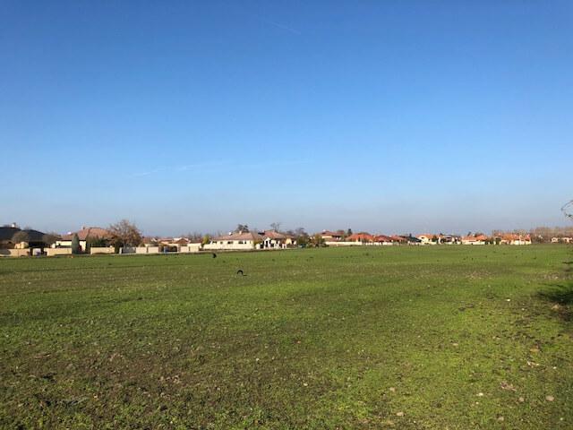 Predané Predaj pozemkov určených na výstavbu – zmiešana zóna, nedaleko centra Dunajskej stredy, 38.463m2, za m2 35€-1