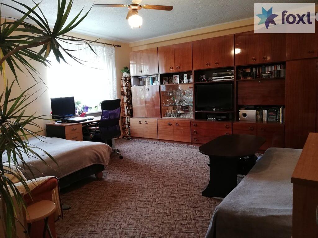 Predaný [Tehla] Veľký dvojizbový čiastočne zrekonštruovaný byt s vypracovaným znaleckým posudkom.-2