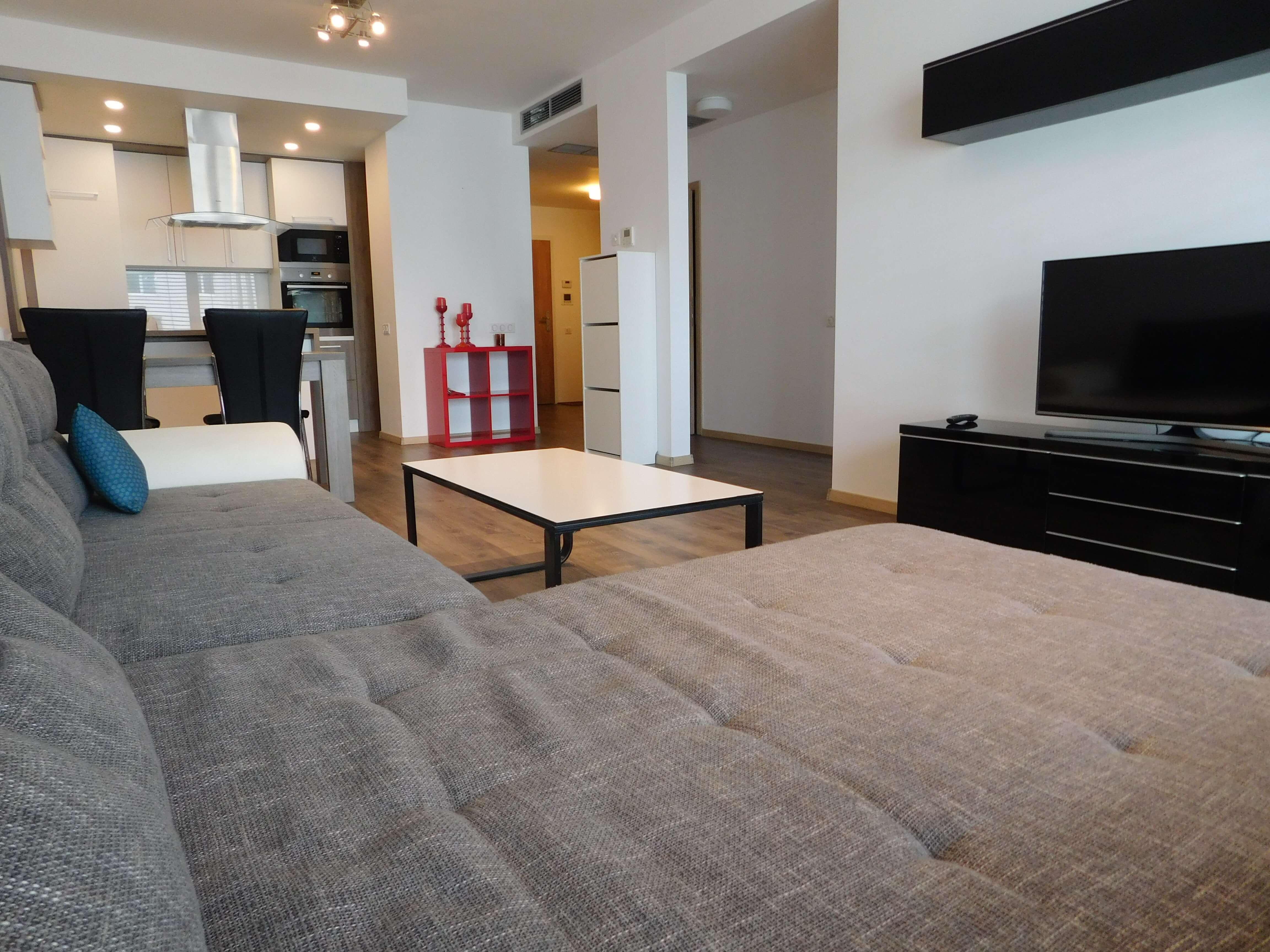 Prenajaté: Apartmán na prenájom v centre mesta – Rezidencia Grösslingova-1