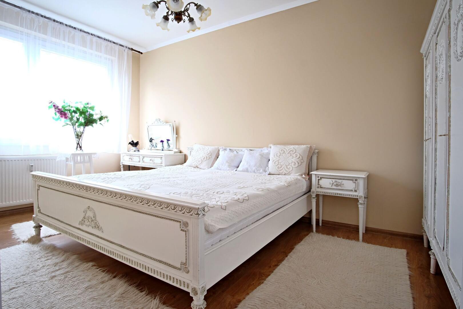 Predané: Na predaj príjemný 3 izbový byt so zmenenou dispozíciou s výhľadom do veľkého parku-0