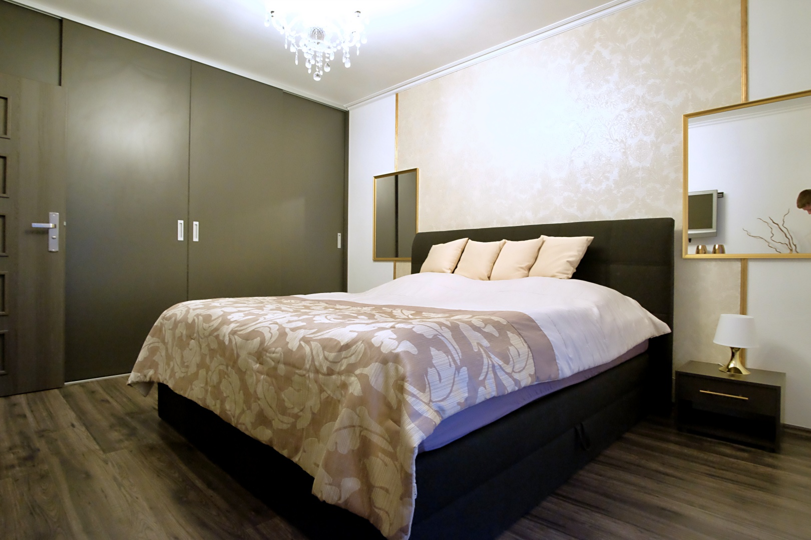 PREDANÉ – 4-izbový rodinný dom v Hrubej Borši-10