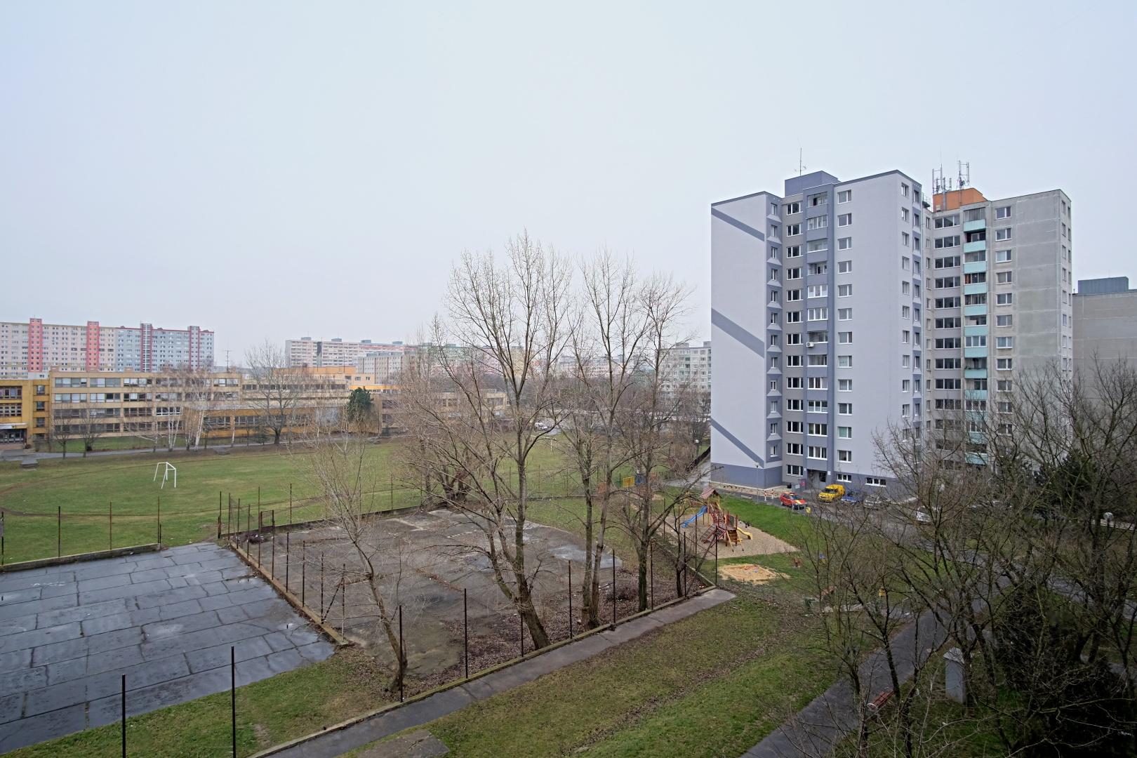 Predané – 3 izbový byt na Budatínskej ulici-13