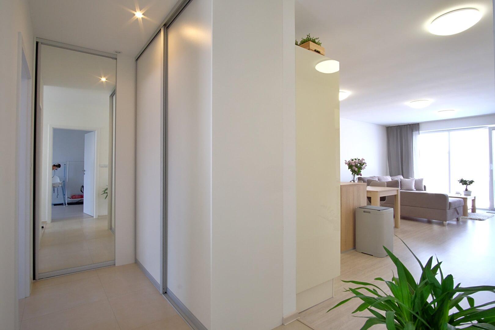 Predané: Na predaj 4 izbový rodinný dom v Hrubej Borši (25 km od Bratislavy)-2