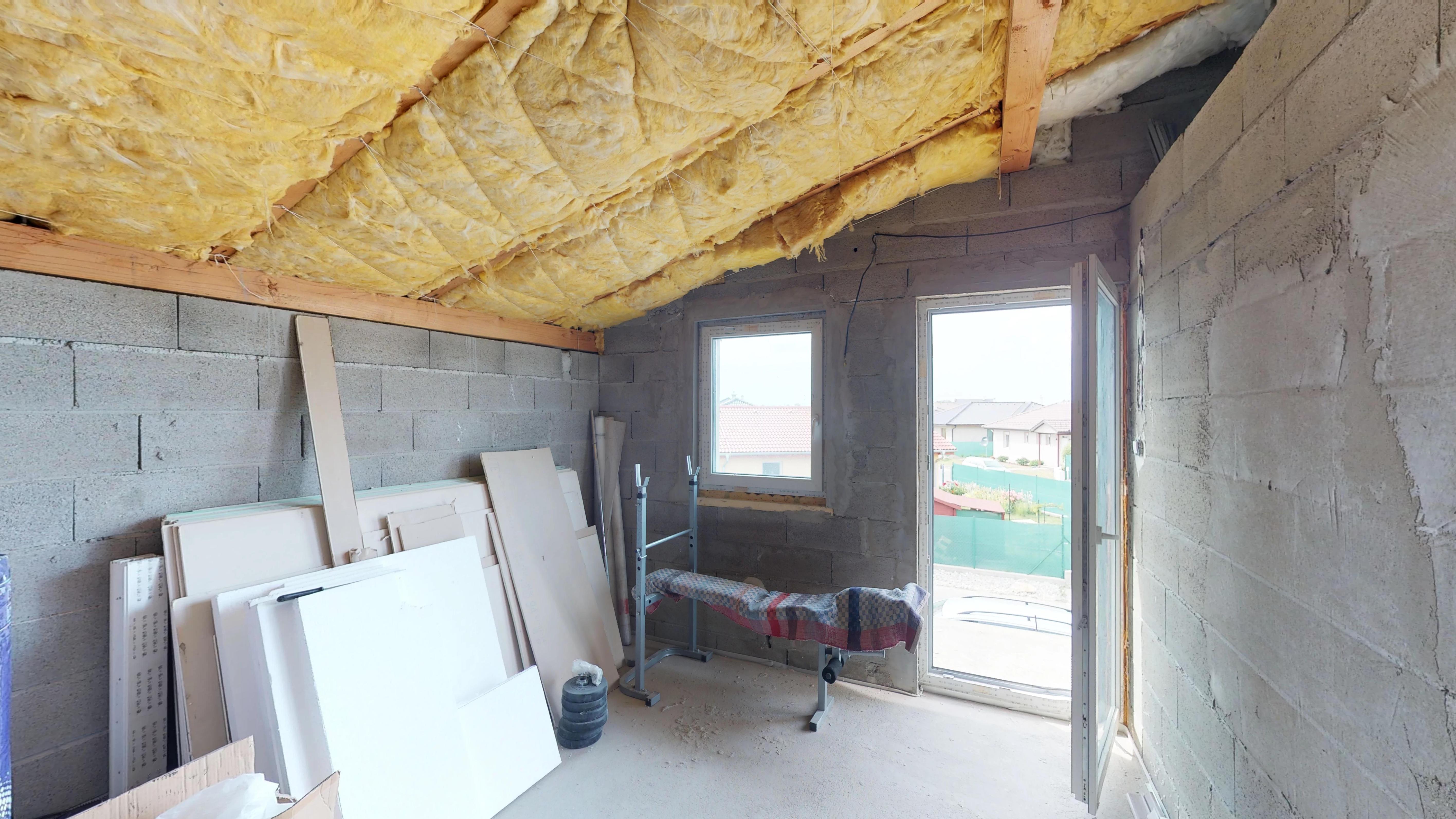 Predané #3D obhliadka: Rodinný dom v obci Kvetoslavovo.-23