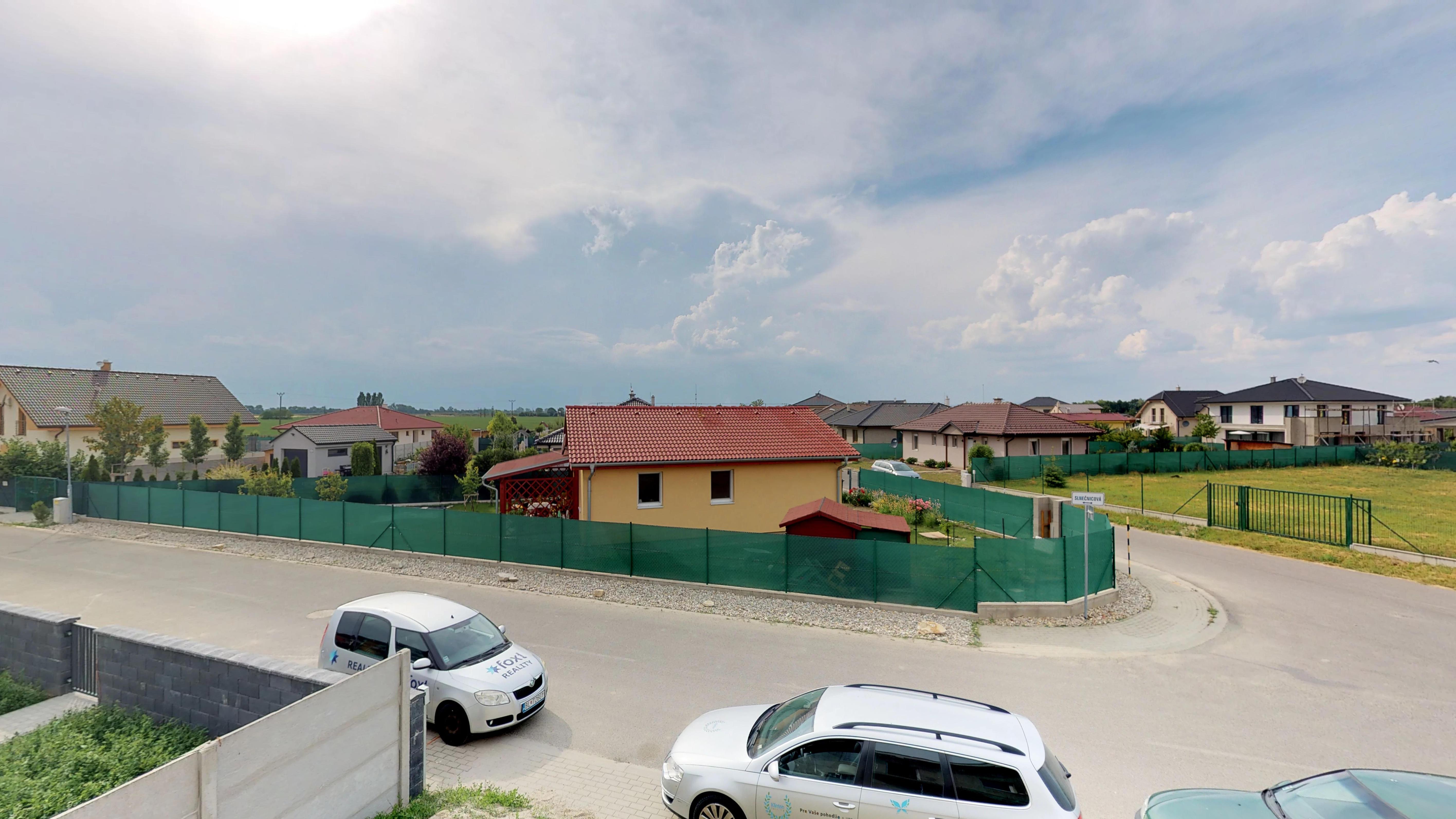 Predané #3D obhliadka: Rodinný dom v obci Kvetoslavovo.-21
