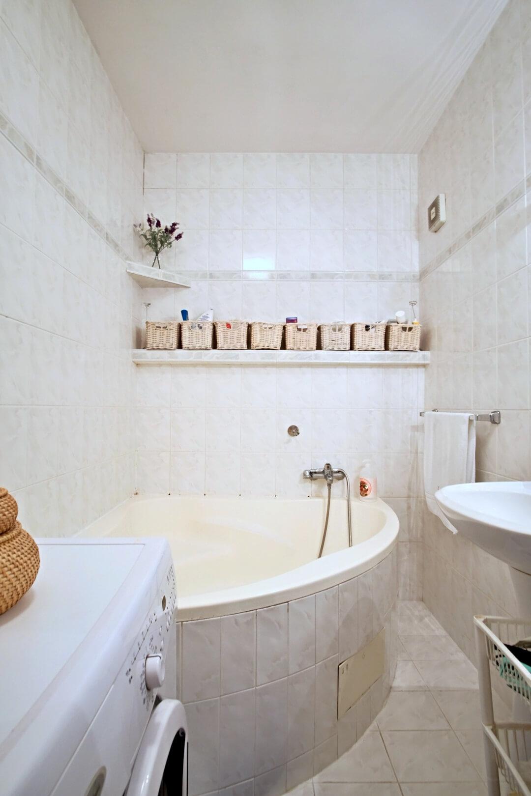 Predané: Na predaj príjemný 3 izbový byt so zmenenou dispozíciou s výhľadom do veľkého parku-8