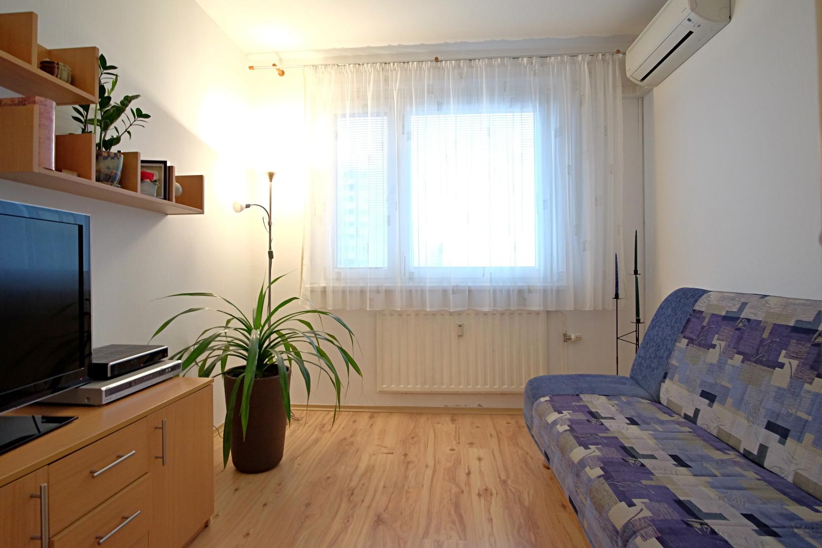 Predané – 3 izbový byt na Budatínskej ulici-8