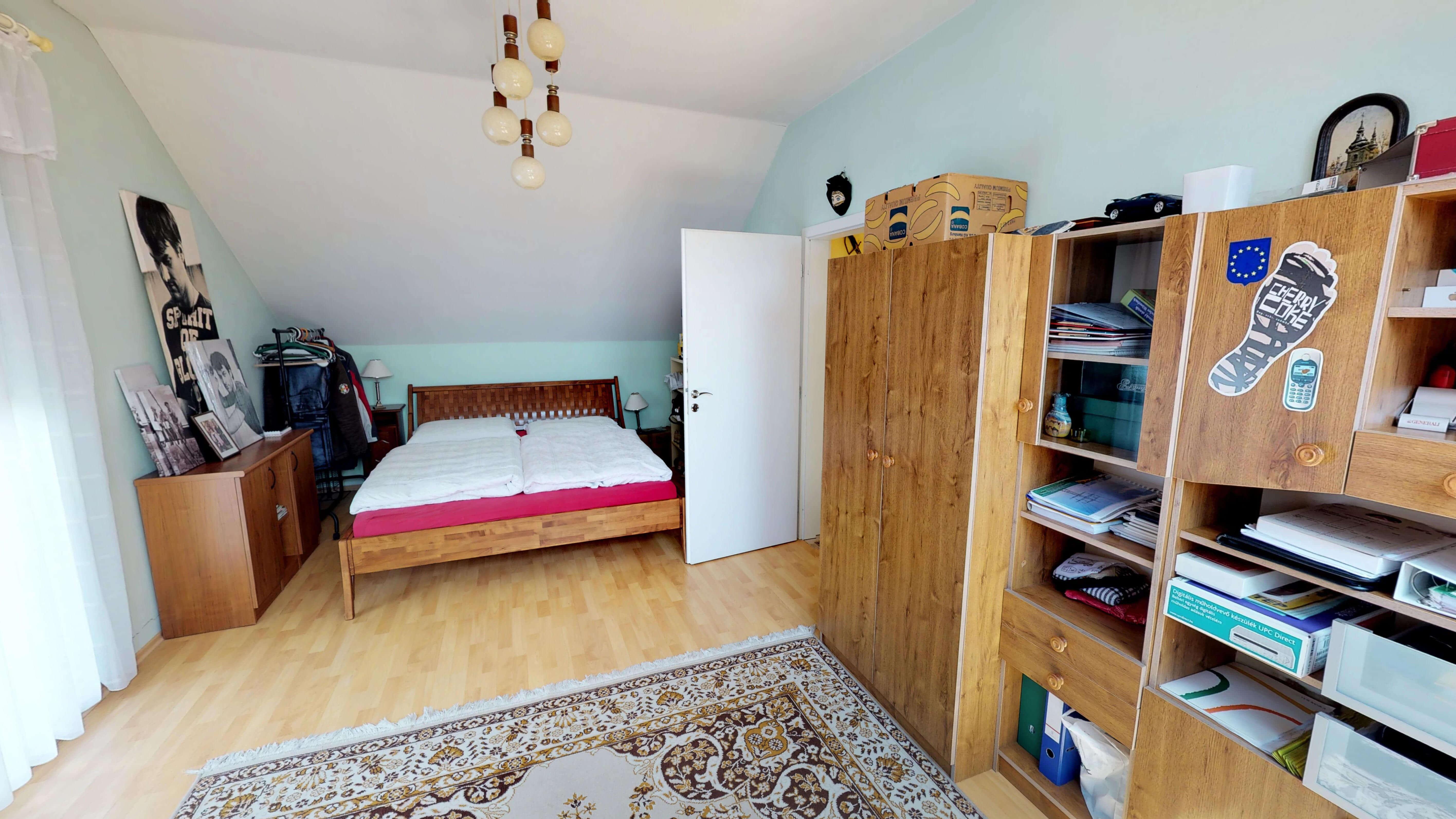 Rodinný dom na uzavretej ulici, Vojtechovce, 2 – generačný 6 izbový, úžitková 270m2, pozemok 600m2, garáž-9