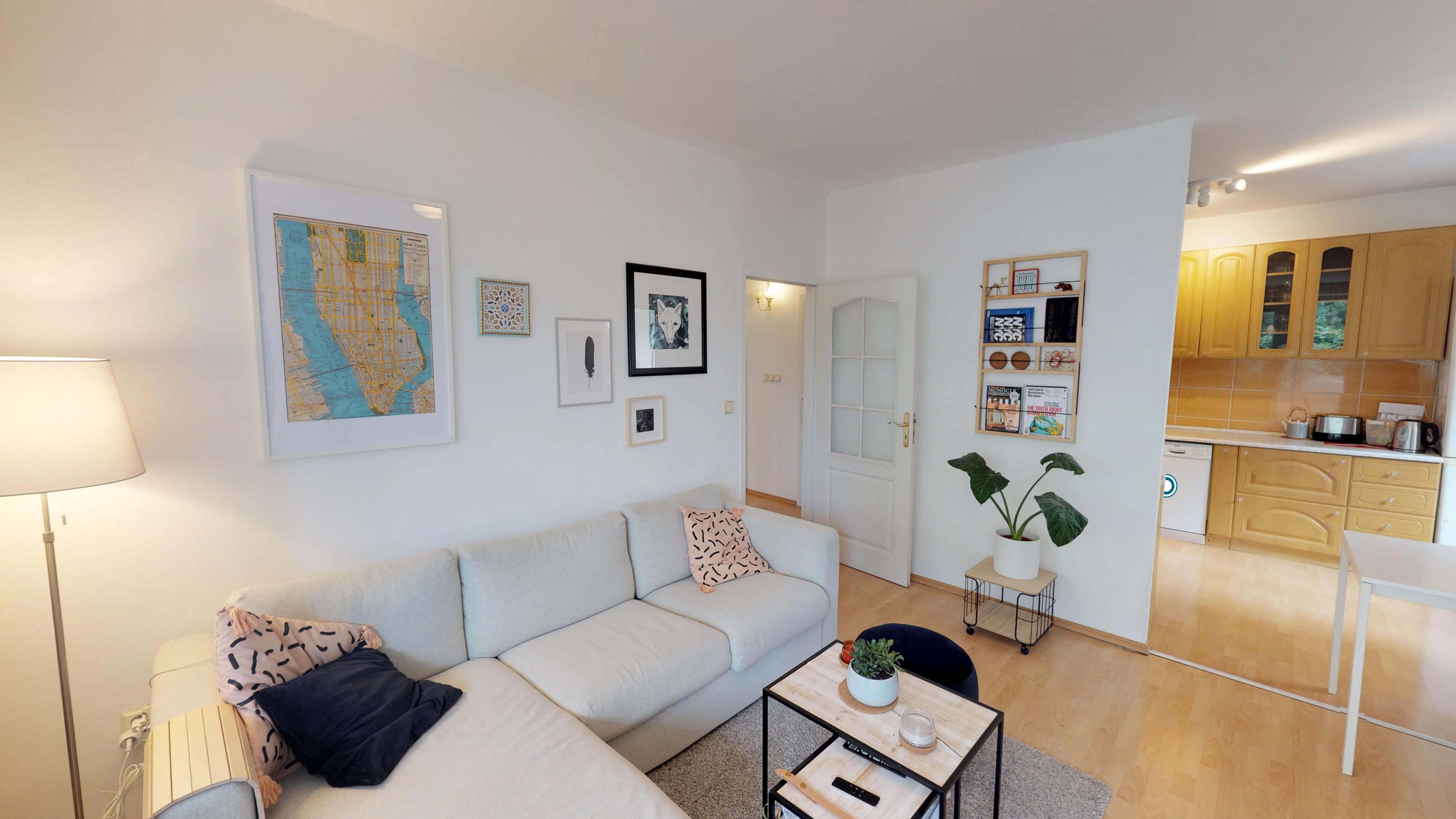 Predané Predaj exkluzívneho 3 izb. bytu,v Ružinove, ulica Palkovičová, blízko Trhoviska Miletičky v Bratislave, 68m2, kompletne zariadený-0
