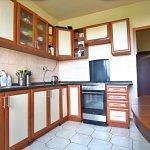 PREDANÉ – Na predaj zariadený 4 izbový byt po čiastočnej rekonštrukcii Bratislava- Petržalka.-9