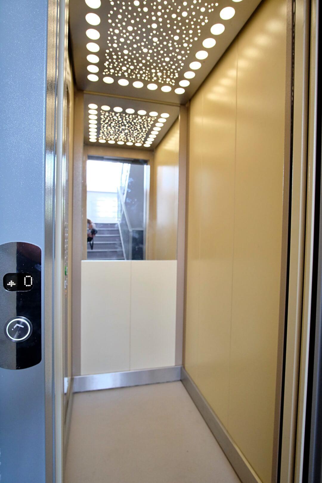 PREDANÉ – Na predaj príjemný 4 izbový byt v lokalite plnej zelene na Vyšehradskej ulici Bratislava- Petržalka.-3