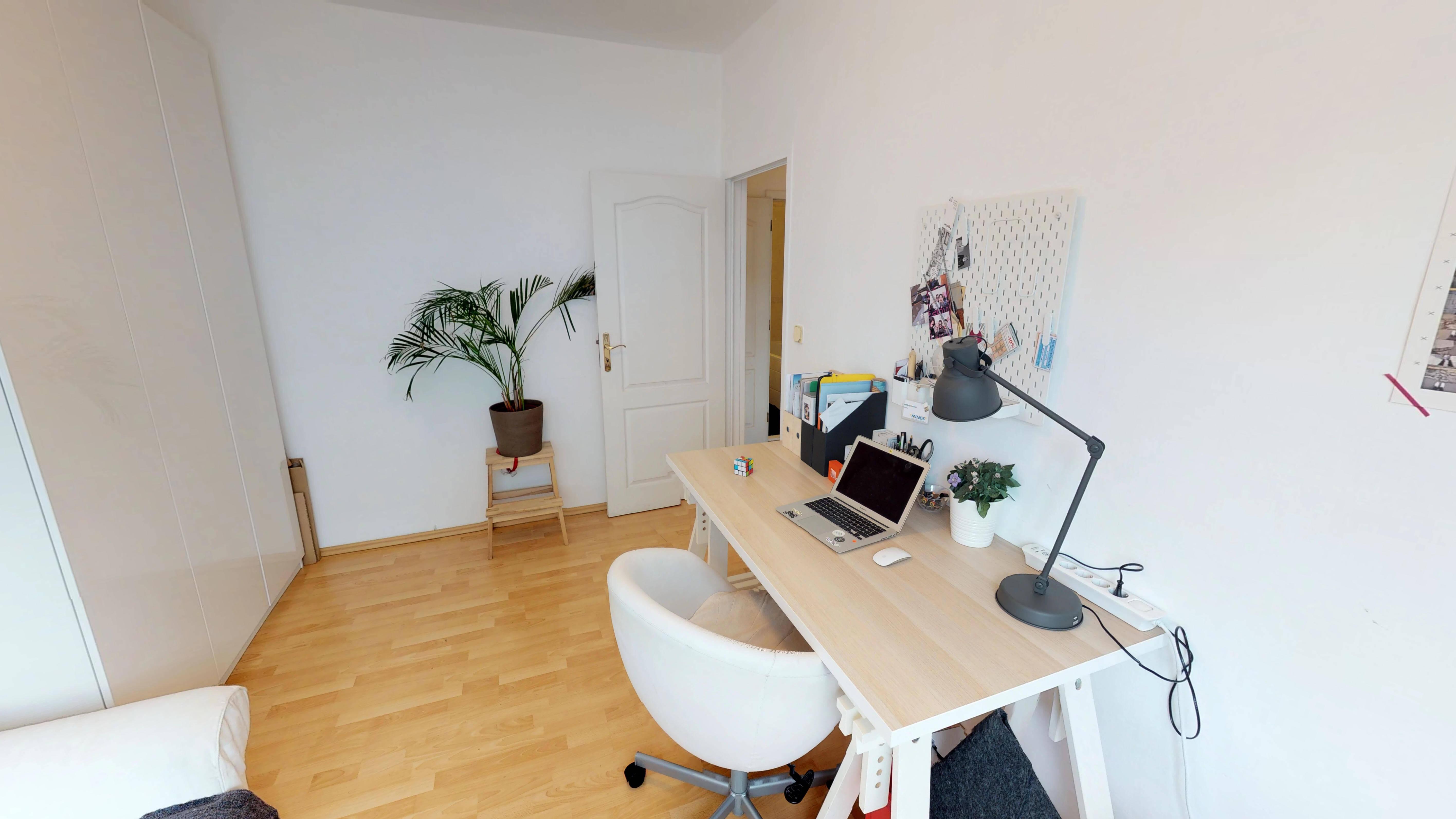 Predané Predaj exkluzívneho 3 izb. bytu,v Ružinove, ulica Palkovičová, blízko Trhoviska Miletičky v Bratislave, 68m2, kompletne zariadený-4