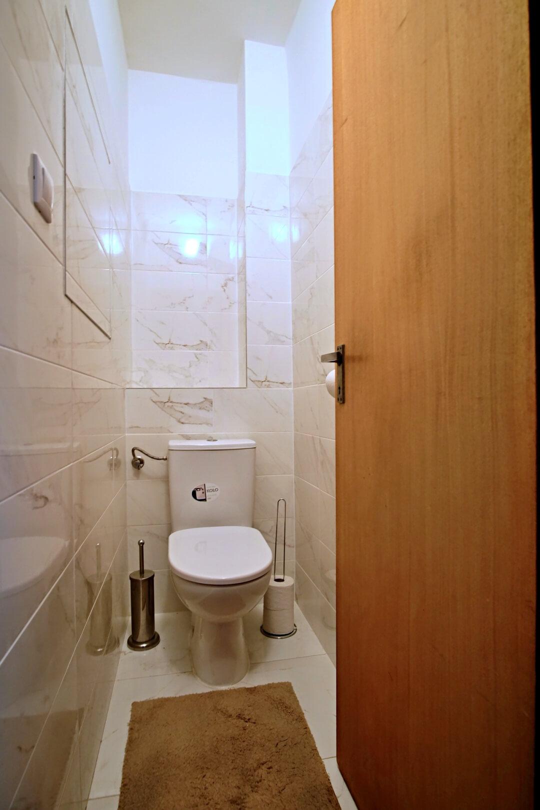 PREDANÉ – Na predaj príjemný 4 izbový byt v lokalite plnej zelene na Vyšehradskej ulici Bratislava- Petržalka.-11
