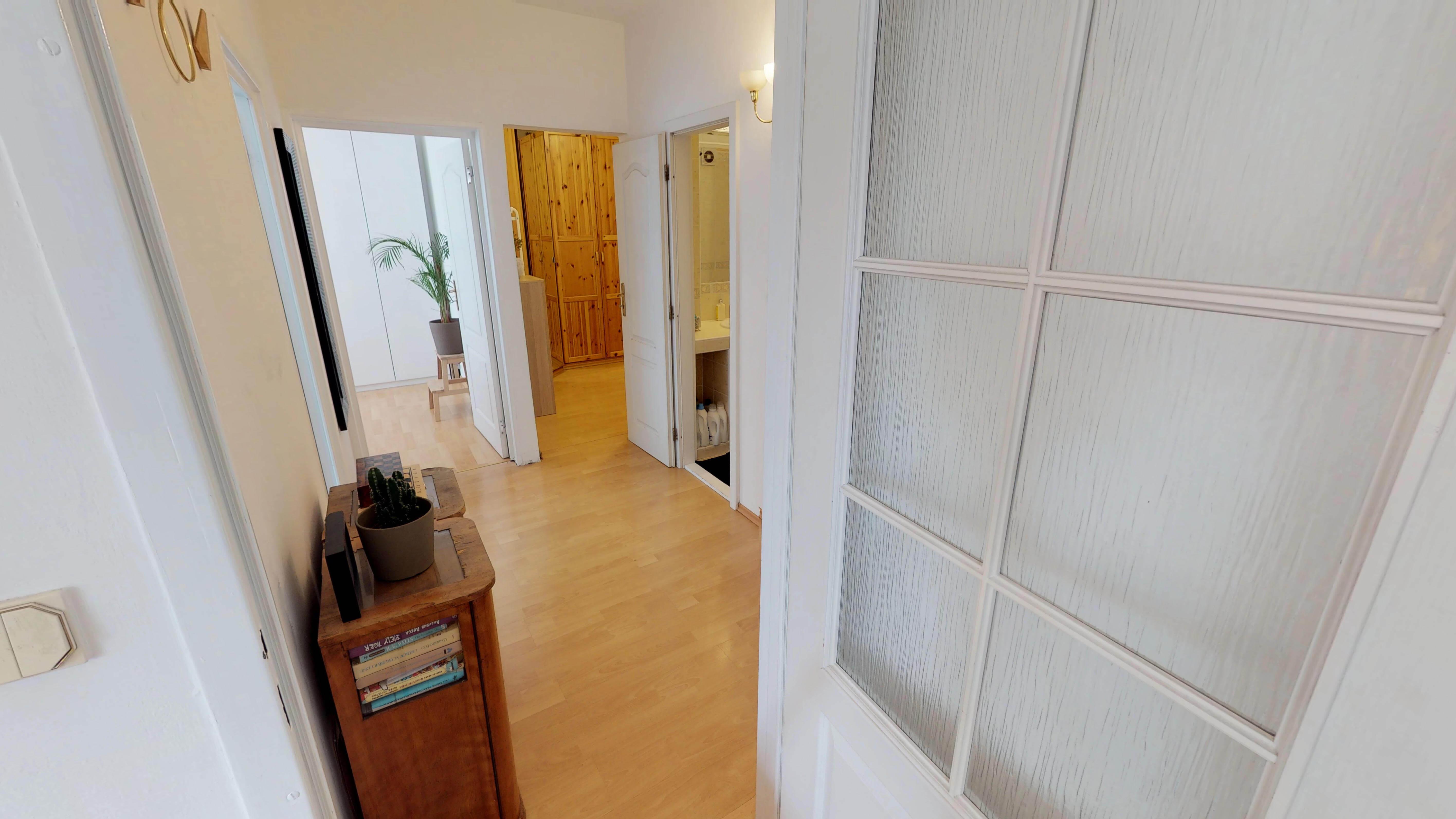 Predané Predaj exkluzívneho 3 izb. bytu,v Ružinove, ulica Palkovičová, blízko Trhoviska Miletičky v Bratislave, 68m2, kompletne zariadený-15