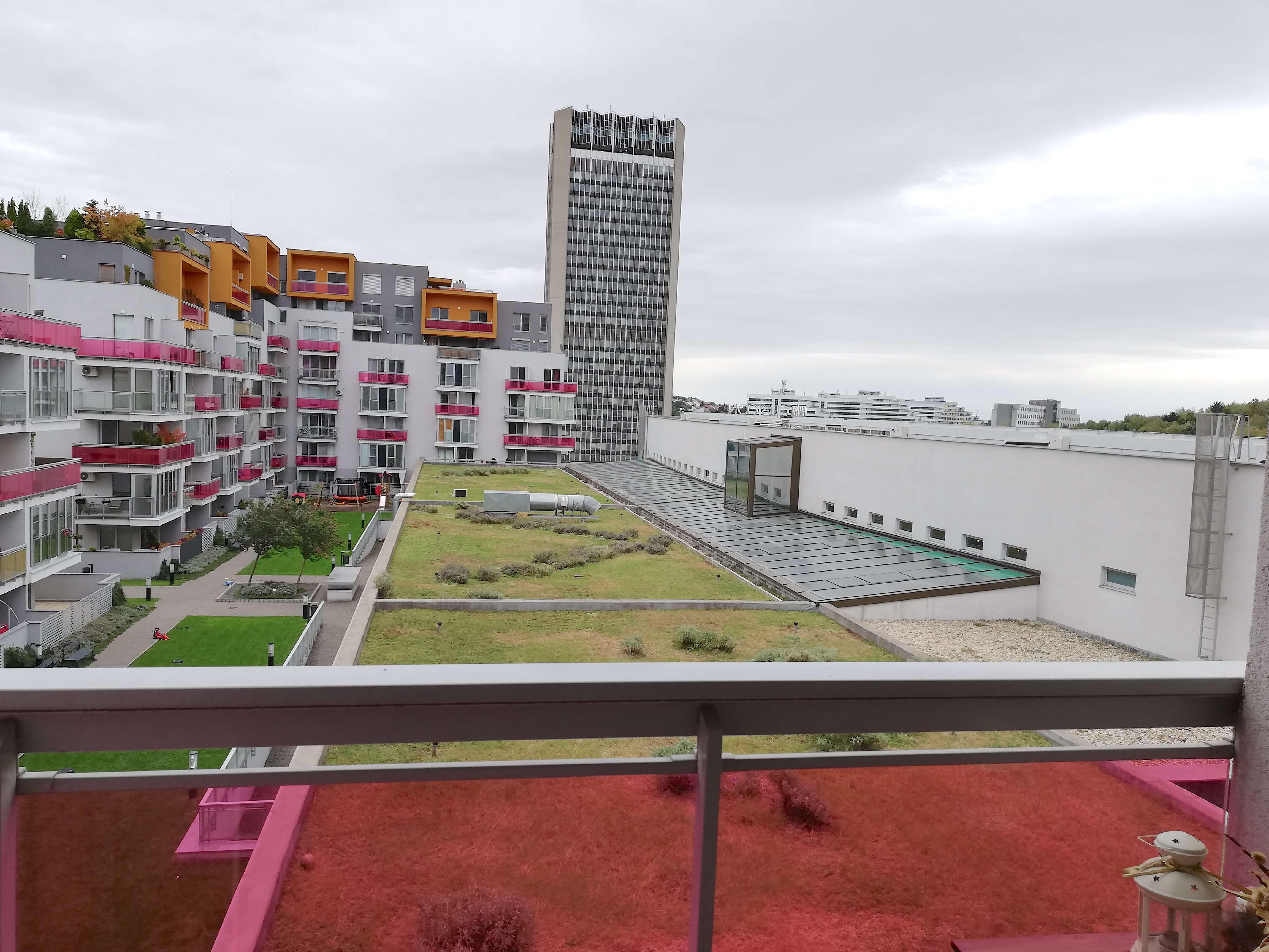 Prenajaté: Dvojizbový byt v Cubicone-0