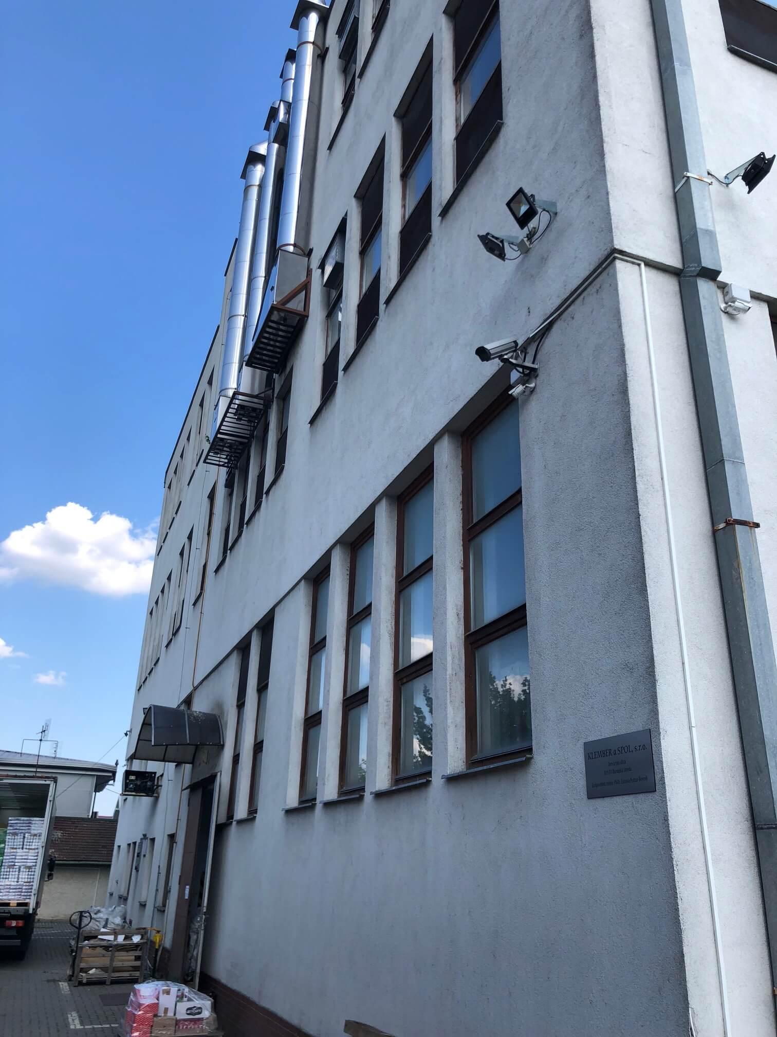 Na prenájom Budova skladov a výrobne v Dunajskej Strede, Drevárska, pozemok 2272m2, spolu 4 podlažia 4767m2-25