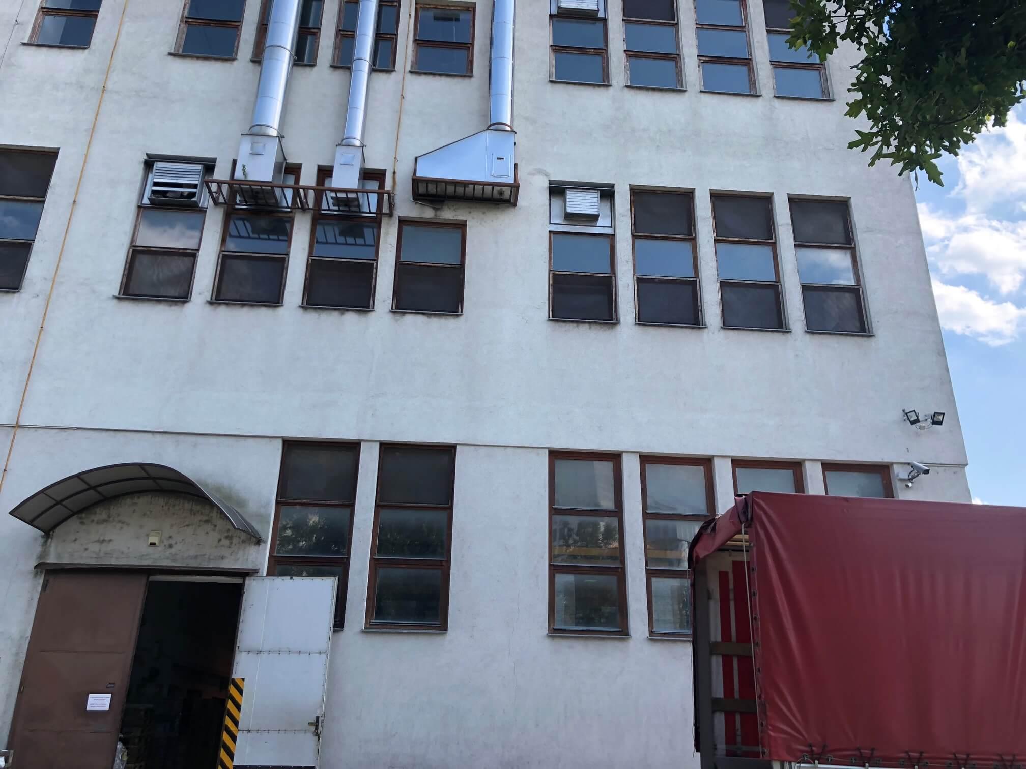 Na prenájom Budova skladov a výrobne v Dunajskej Strede, Drevárska, pozemok 2272m2, spolu 4 podlažia 4767m2-24