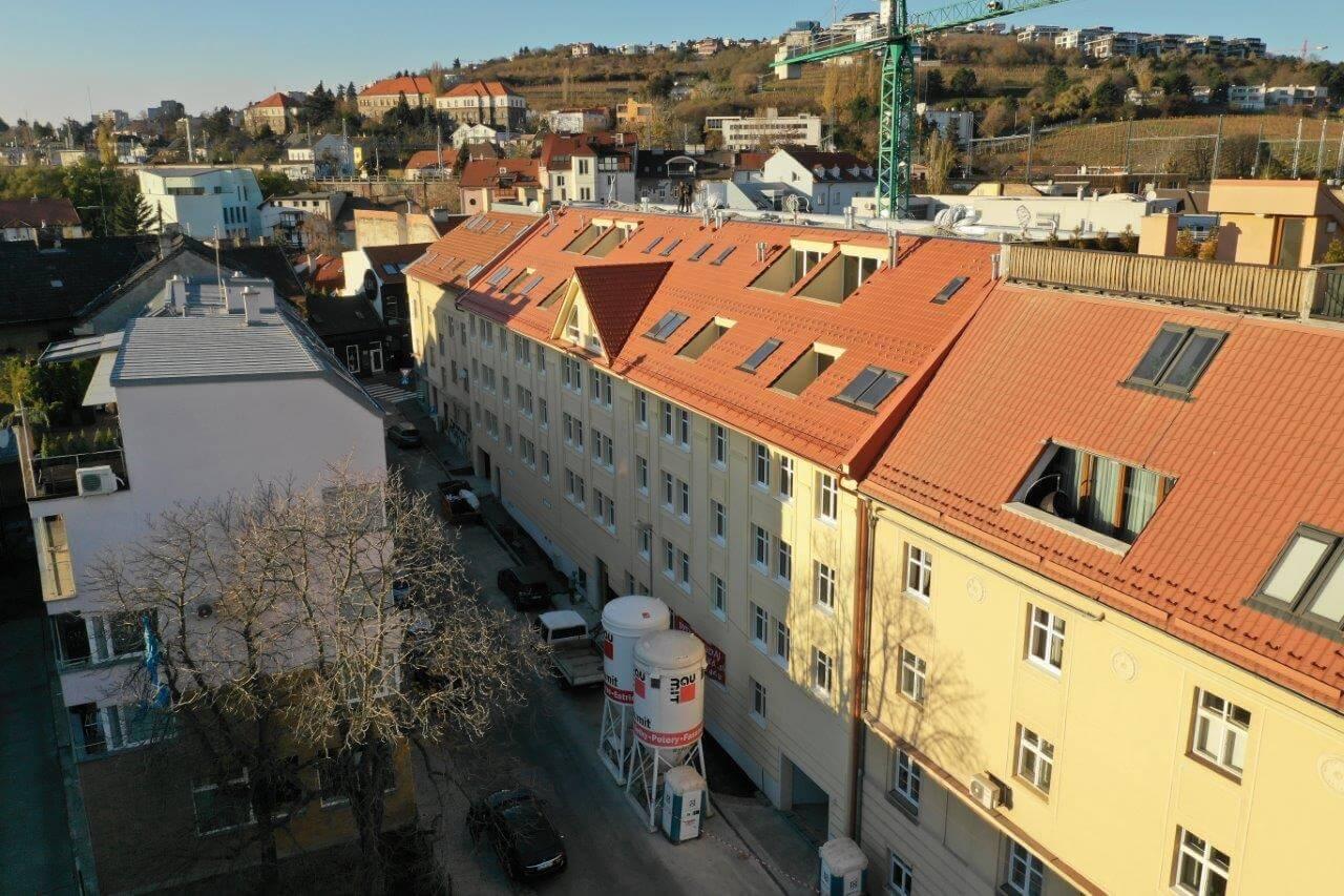 Predané: Novostavba posledný 1 izbový byt, širšie centrum v Bratislave, Beskydská ulica, 44,87m2, štandard, terasa 40m2-1