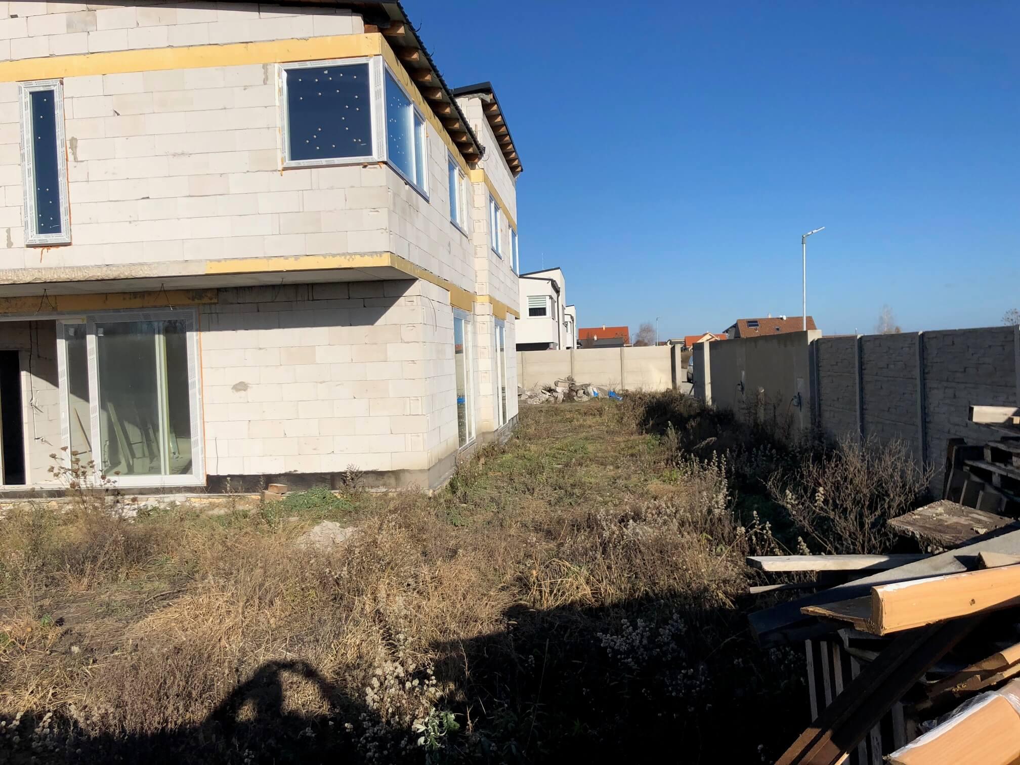 Predané: RD s 2 bytovými jednotkami, Novostavba v Dunajskej Lužnej, 2X: 4 izbový,pozemok 422m2,úžitkova 106m2-10