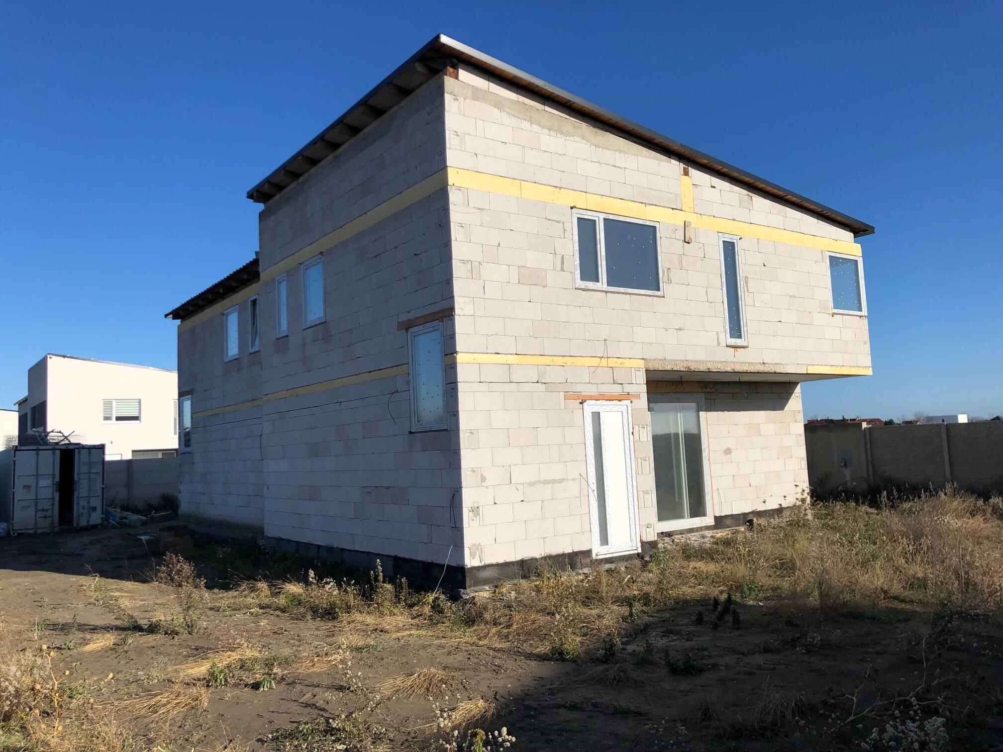 Predané: RD s 2 bytovými jednotkami, Novostavba v Dunajskej Lužnej, 2X: 4 izbový,pozemok 422m2,úžitkova 106m2-6