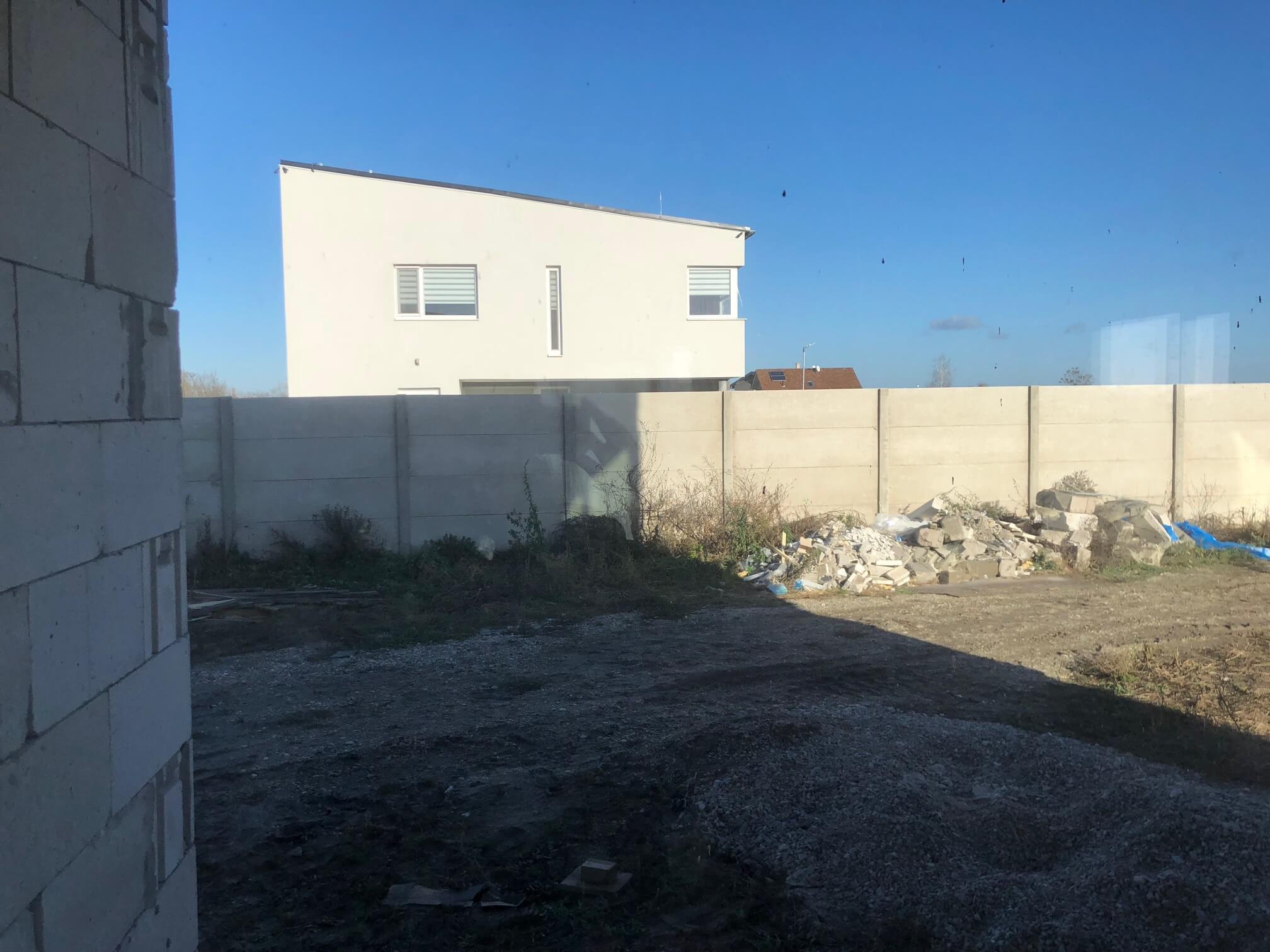 Predané: RD s 2 bytovými jednotkami, Novostavba v Dunajskej Lužnej, 2X: 4 izbový,pozemok 422m2,úžitkova 106m2-31