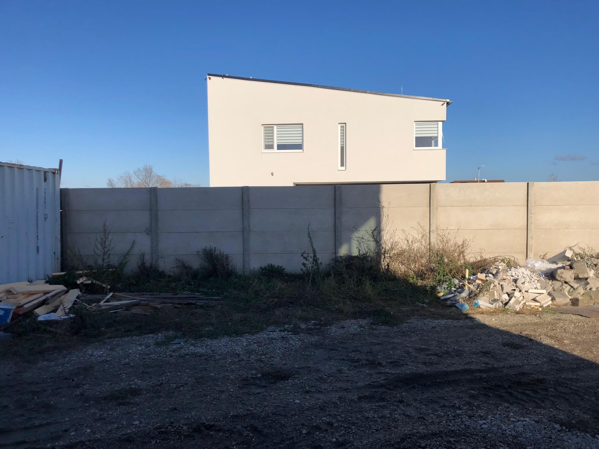 Predané: RD s 2 bytovými jednotkami, Novostavba v Dunajskej Lužnej, 2X: 4 izbový,pozemok 422m2,úžitkova 106m2-26