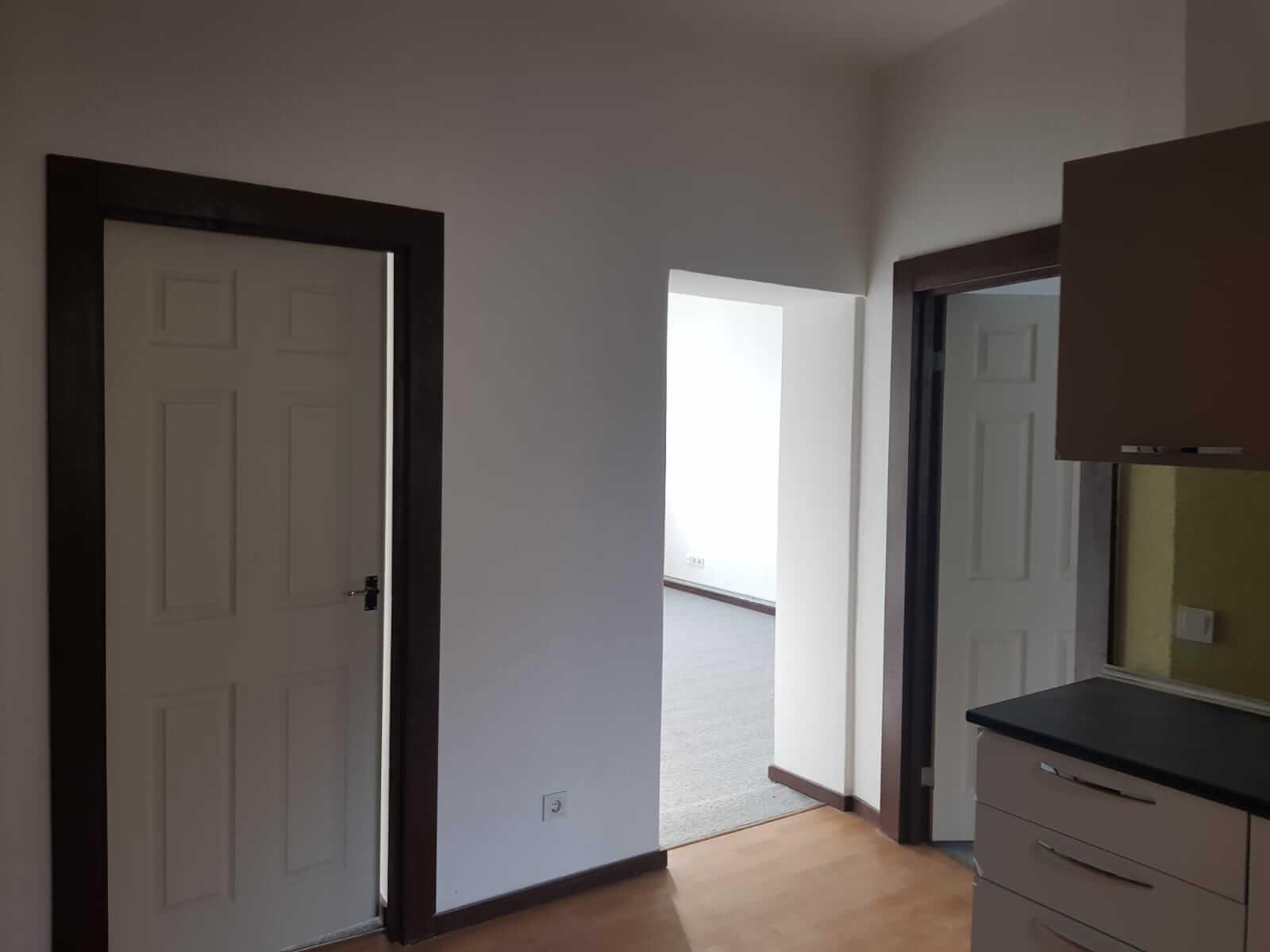 Predané: Kompletne zrekonštruovaný bytový dom, v Nemecku, na investíciu s nájomcami-12
