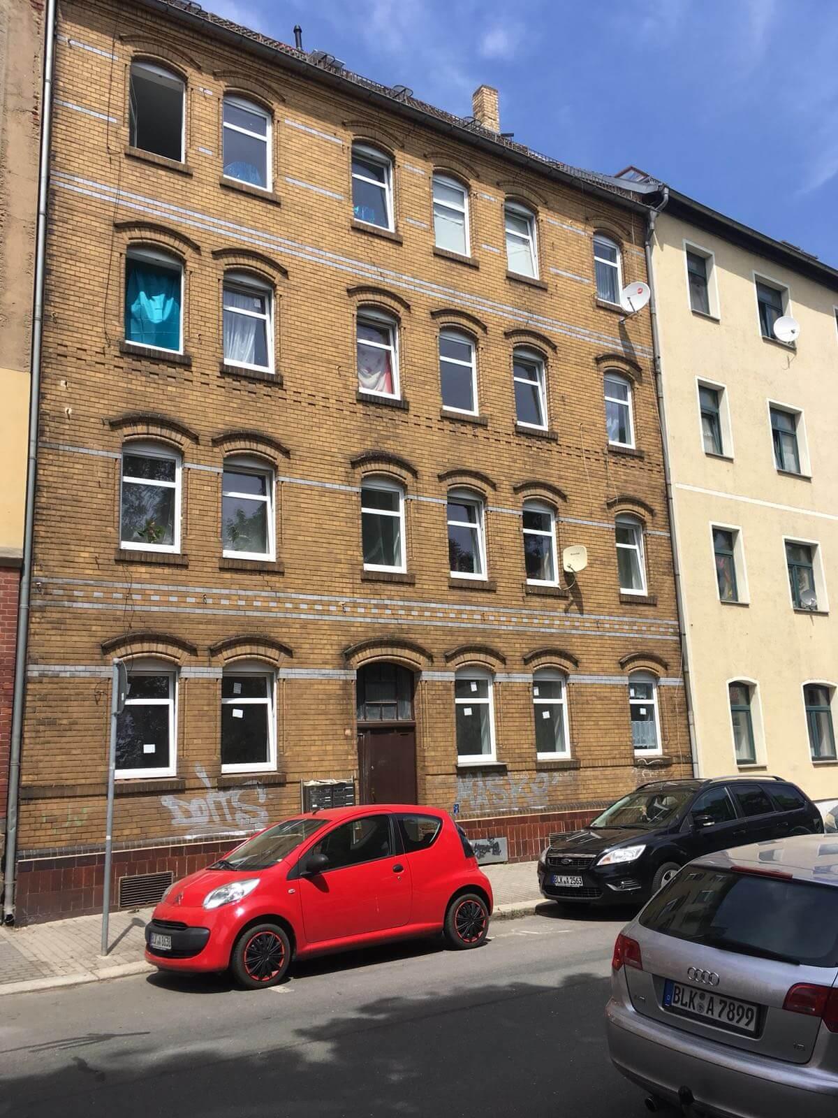 Predané: Kompletne zrekonštruovaný bytový dom, v Nemecku, na investíciu s nájomcami-0