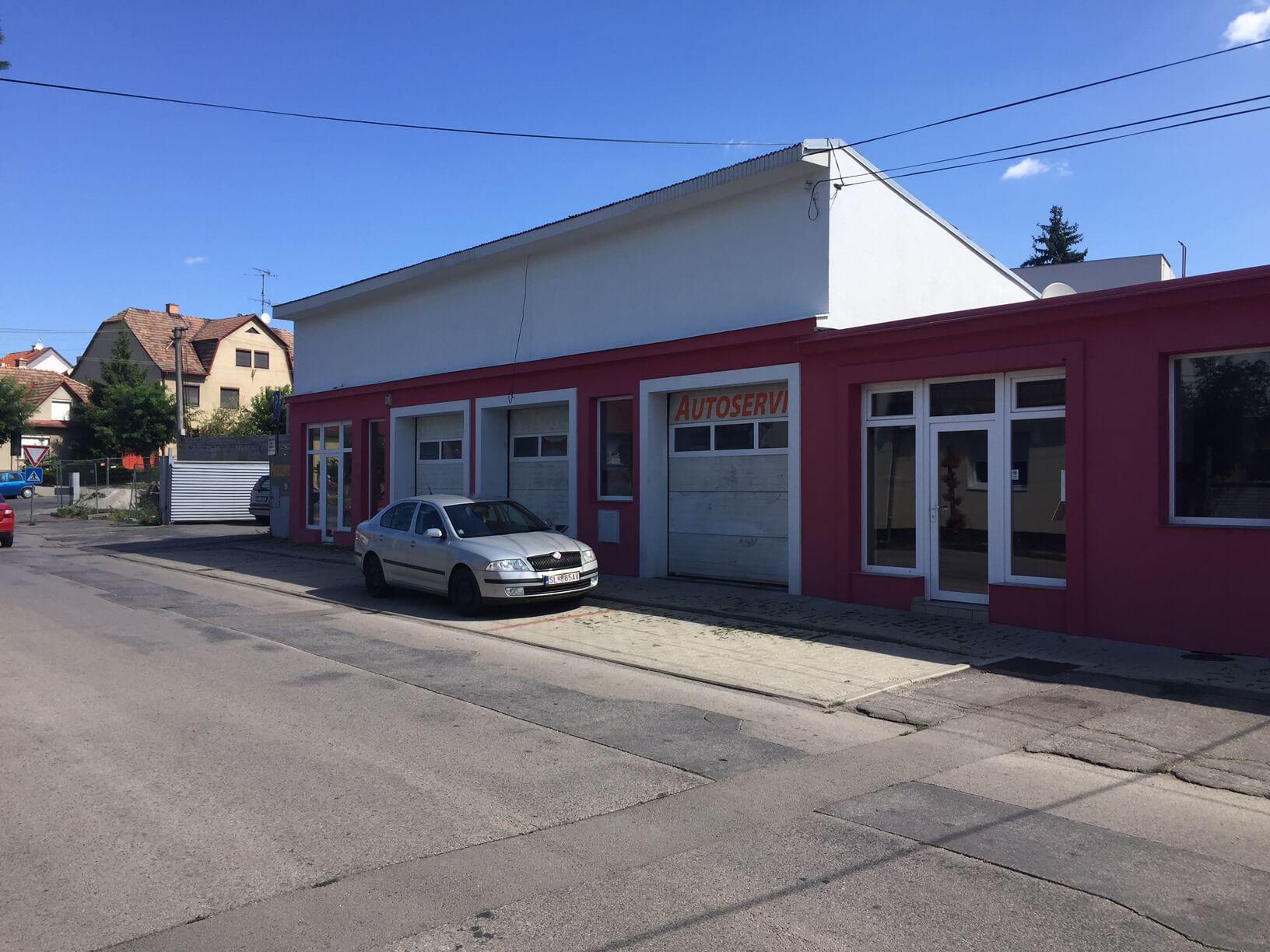 Predané: Predaj obchodného priestoru, najlepšie pre Autoservis, Pezinok, Ulica Mýtna/Šenkvická cesta. 240 m2-0