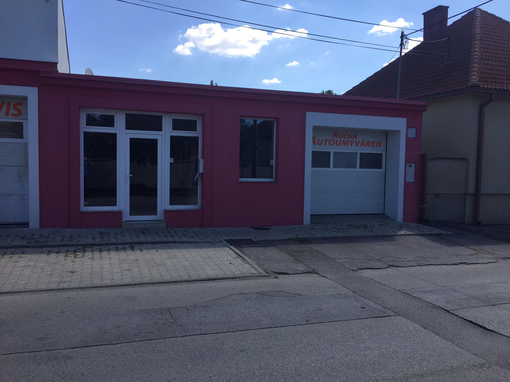 Predané: Predaj obchodného priestoru, najlepšie pre Autoservis, Pezinok, Ulica Mýtna/Šenkvická cesta. 240 m2-30