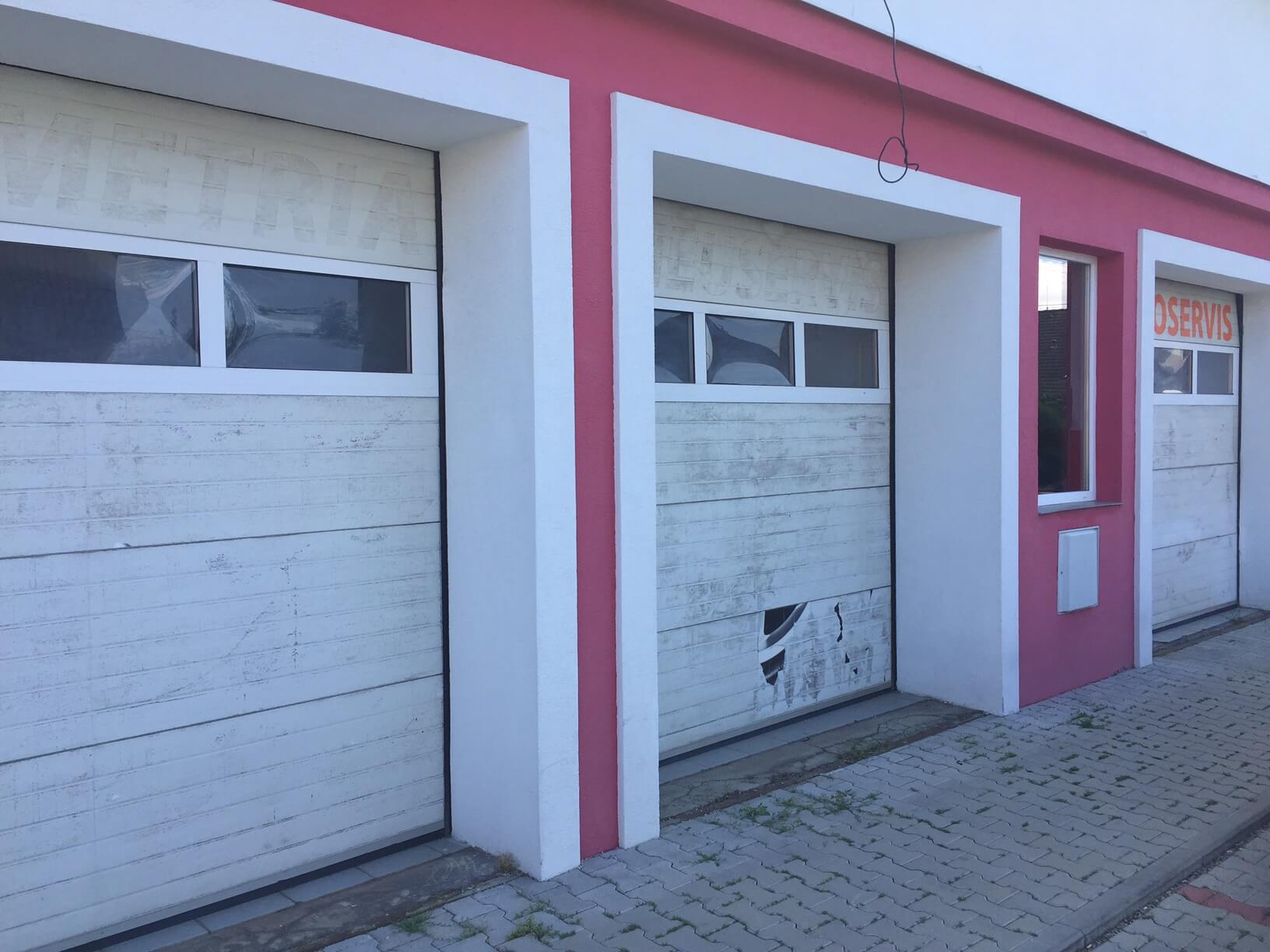 Predané: Predaj obchodného priestoru, najlepšie pre Autoservis, Pezinok, Ulica Mýtna/Šenkvická cesta. 240 m2-6