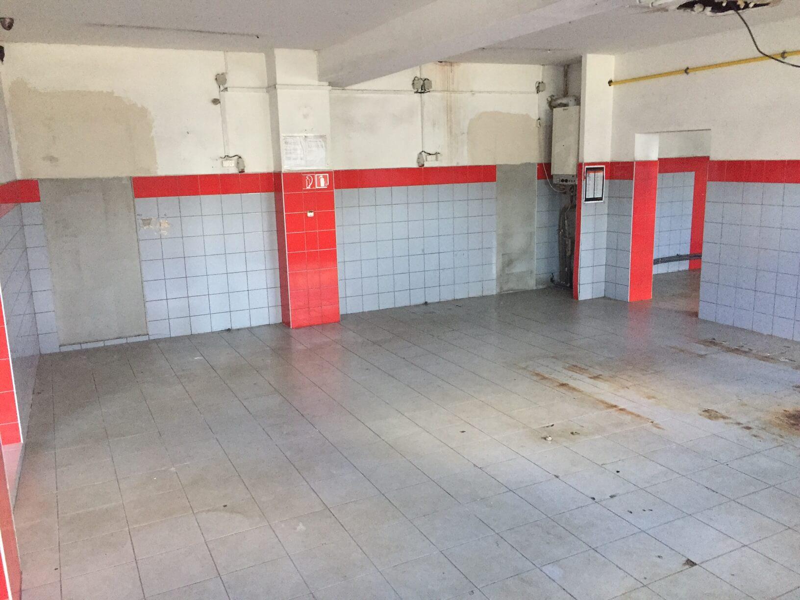 Predané: Predaj obchodného priestoru, najlepšie pre Autoservis, Pezinok, Ulica Mýtna/Šenkvická cesta. 240 m2-13
