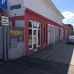 Predané: Predaj obchodného priestoru, najlepšie pre Autoservis, Pezinok, Ulica Mýtna/Šenkvická cesta. 240 m2-8